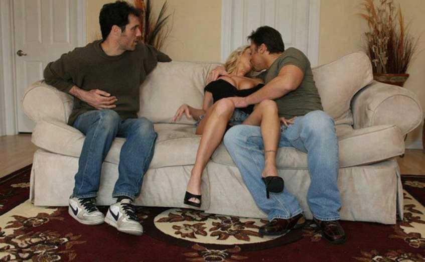 baise trio couple